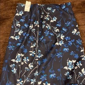 Navy flowered pencil skirt